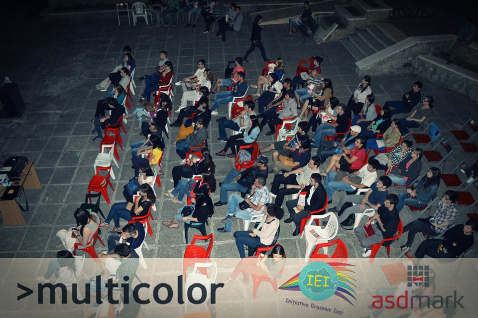 Festival >multicolor